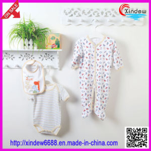 3 PCS Baby′s Wear Set Including Bib, Romper and Sleeping Suit pictures & photos