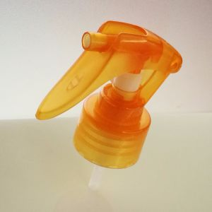 Plastic Mini Hand Triger Sprayer M03 24/410, 28/410 pictures & photos