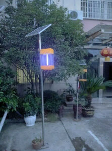 Energy-Saving Solar Powered Solar Mosquito Killer Lamp pictures & photos