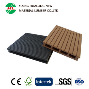 Anti-UV Wood Plastic Compsite Decking for Outdoor (HLM134) pictures & photos