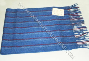 100% Cashmere Scarf with Vertical Stripes pictures & photos