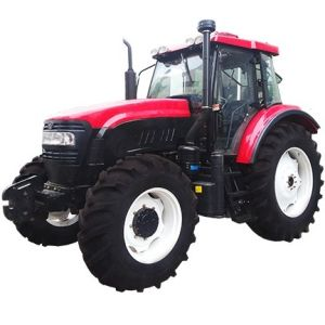 Large Agricultural Machinery 120HP 4 Wd Wheeled Farm Tractor