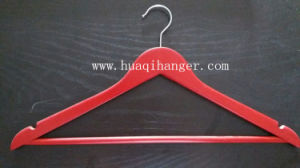 Hot Sale Natural Wooden Clothes Hanger with Bar pictures & photos