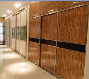 Bedroom Wardrobe Designs with Sliding Doors (high glossy) pictures & photos