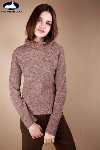 Cashmere Loose Neck Pullover with Fancy Yarn-Cashmere Sweater-Sweater pictures & photos