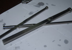 Nitrided Precision DIN1530f-B Was1.2344 Blade Ejector Pin of Mold Parts pictures & photos