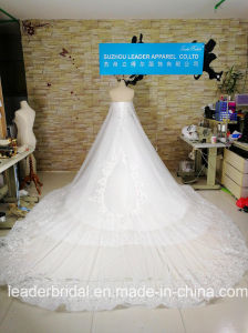 Lace Bridal Ball Gown Luxury Crystal New Wedding Dress 2017 H13361 pictures & photos