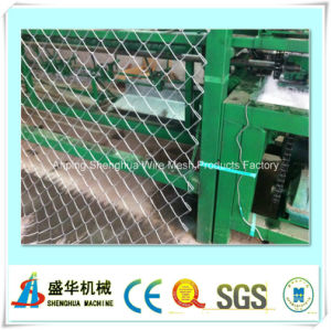 Full Automatic Fence and Diamond Mesh Machine pictures & photos