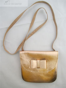 e0d88f31ddf China Older Girl Autograph Leather Cross Body Bag - China Cross Body ...