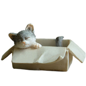 Resin Miniature Lovely Cat Figurines Art Works Home Garden Decor Gifts Kittens pictures & photos
