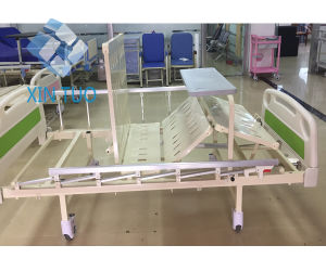 Two Cranks Manual Care Bed/Hospital Bed pictures & photos