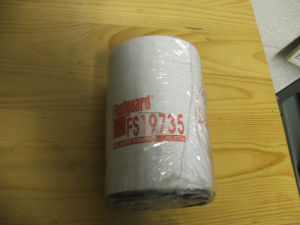 Fleetguard Fuel Filter Fs19735 for Cummins Engine, Volvo, Scania