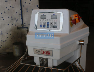 Double Motions and Double Speeds Electric Dough Mixer for Sale 25kg (ZMH-25) pictures & photos