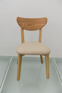 Simple Design Wooden Padded Chairs Restaurant Furniture pictures & photos