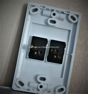 South Africa Standard 3 Gang 1 Way or 2 Way Wall Switch Vertical 3 Gang Switch pictures & photos