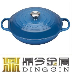 Traditional Cast Iron Oval Enamel Casserole pictures & photos