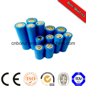 3.7V Cell 18650-2200mAh Column Shape Li-ion Battery pictures & photos