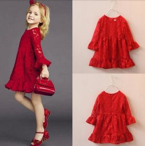 2015 Elegant Red Soft Lace Kid Girl Dress Cotton Lovely Dress in Children′s Apparel pictures & photos