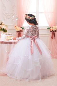 Princess Flower Girls Dresses Communion Dress Pageant Gown pictures & photos