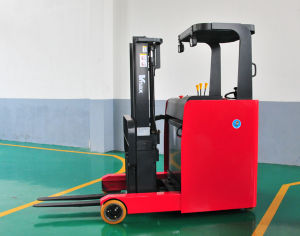 1.0 Ton Seated Electric Reach Forklift Truck