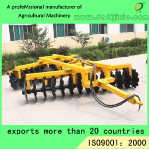 Made in China Light Duty Disc Harrow for Tractor pictures & photos