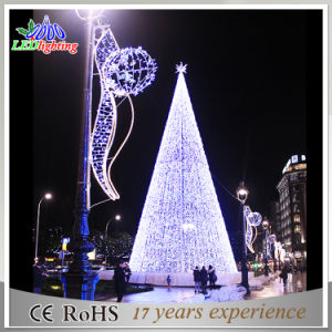 Holiday Commercial LED Indoor Mall Decoration LED Giant Christmas Tree pictures & photos