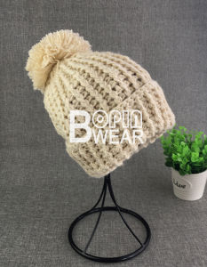 e2afeb76667da Custom Lady Fashion Handmade Bobble Ski Acrylic POM Winter Knit Beanie