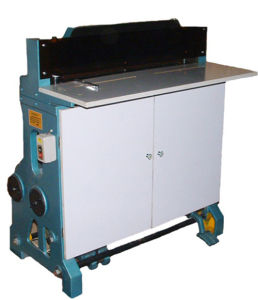 Paper Perforating Punching Machine (620B) pictures & photos