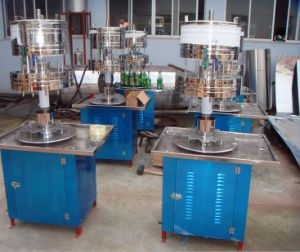 Semi Automatic Bottle Water Filling Machine pictures & photos