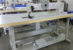 Long Arm Extra Heavy Duty Compound Feed Lockstitch Sewing Machine (FX-28BL30-2) pictures & photos
