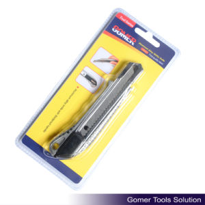 Utility Knife for Office or Home Use (T04107)