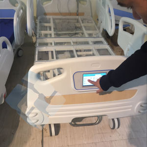 Wholesale Adjustable Electric Hospital Patient Beds in Good Price pictures & photos