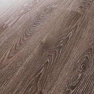 Synchronized Finishes Laminate Flooring pictures & photos