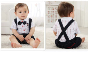 Infant Boy′s Gentleman Strap Suit with Bow Knot pictures & photos