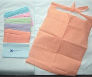 Cyha-01 Disposable Dental Bibs Price pictures & photos