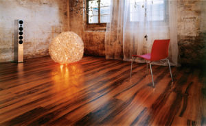 8.3mm/12.3mm Handscraped HDF Laminate Flooring AC3 E0 pictures & photos