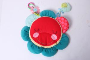 New Design Hedgehog Flower Mat Baby Toy pictures & photos
