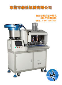 Full Automatic Two Flat Pin Plug Inserts / Crimping Machine