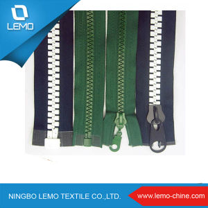 Plastic Zipper with Open End for Cloth, Bags pictures & photos