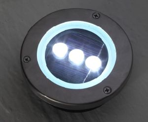 Solar Deck Light with 3 White LEDs (S2D03) pictures & photos