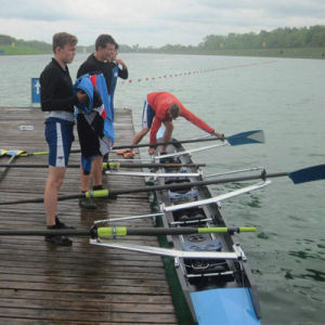 China Carbon Kevlar Rowing Boat 4- Coxless Four Racing Shell Skiff