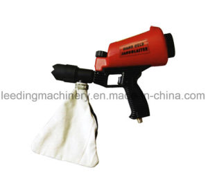 Portable Speed Hand-Held Sandblaster Air Pressure Sandblaster pictures & photos