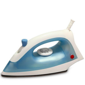 CE Approved Steam Iron (T-1101C) pictures & photos