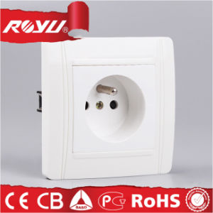 Round Shape European CE French Grounding Earthing Electric Socket pictures & photos