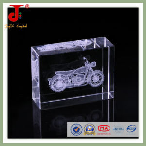 2016 New Creative Laser Engraved Crystal Cube pictures & photos