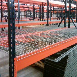 Store Pallet Rack Wire Mesh Decking pictures & photos