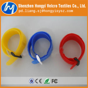 Reusable Hook & Loop Tie in T-Shape with Plastic Buckle pictures & photos