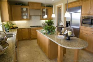 Light Wood Kitchen Cabinet (lw8) pictures & photos
