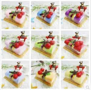 Wholesale High Quality 100% Cotton Fashion Wedding Gift Cake Towel pictures & photos