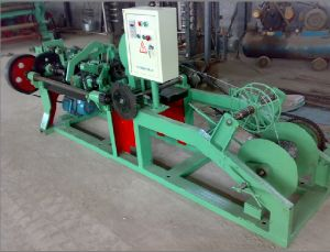 Anping Shenghua Hot Sale Barbed Wire Machine pictures & photos